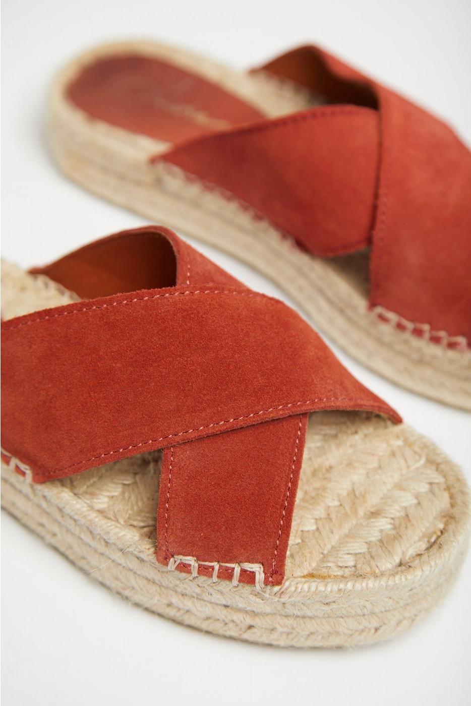 Chaussures Livia acajoux ALEENTA